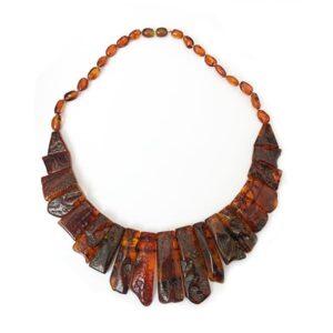 preziosa collana d'ambra baltica scura